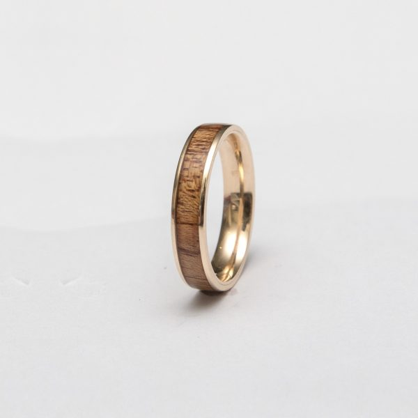 Wooden Ring Gold Mahogany